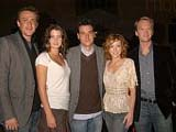 Alyson Hannigan avec le reste des acteurs principaux de How I met your mother