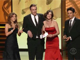 Alyson Jason Cobie et Joss Applaudissant le gagnant